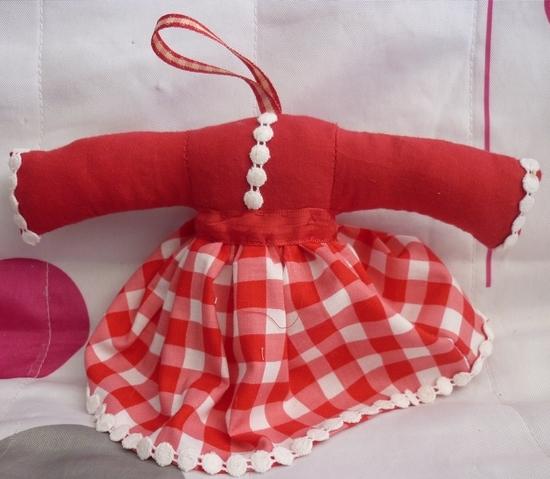 Sachet lavande style robe rouge