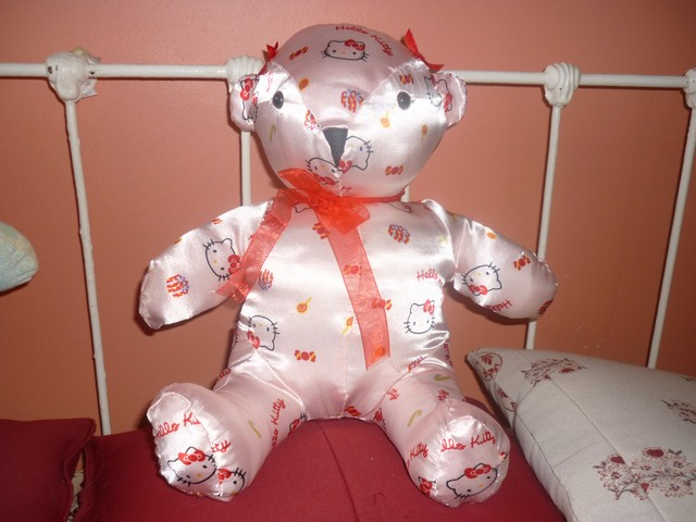 Ours tissu HELLO KITTY.1