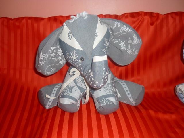 Elephant.4