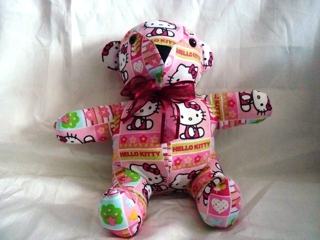 Petit Ours Hello Kitty